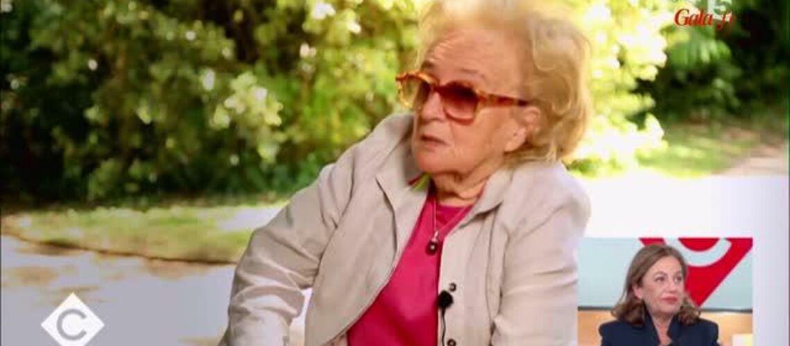 """VIDEO – Bernadette Chirac confie le """"chagrin"""" ressenti en découvrant les premières infidélités de Jacques Chirac"""