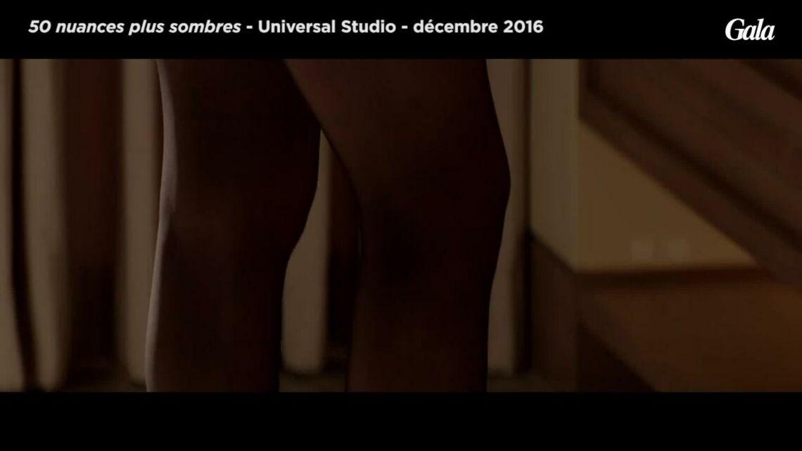 VIDEO – 50 nuances plus sombres: Dakota Johnson plus hot et sexy que jamais