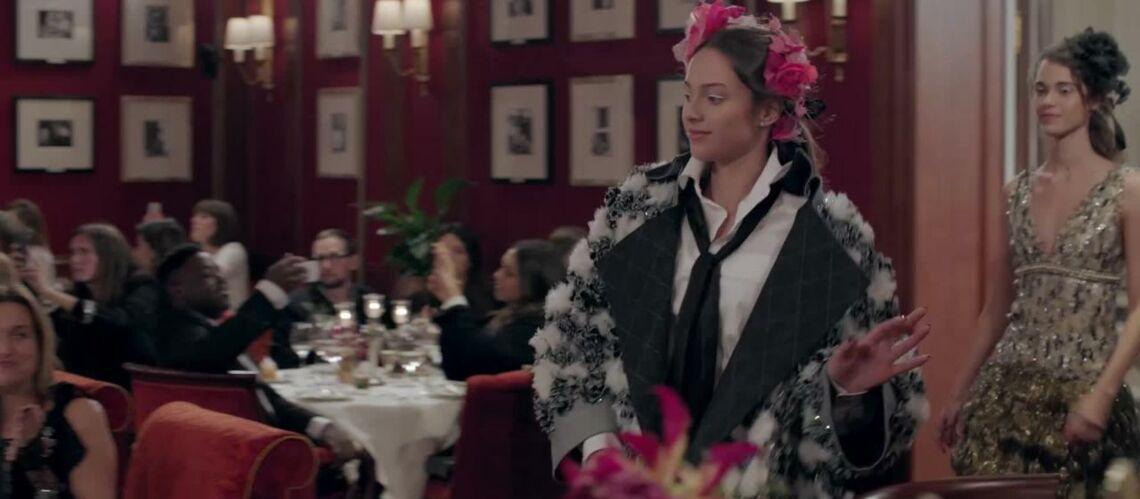 VIDEO – Yannick Noah, premier fan de sa fille Jenayé au défilé Chanel