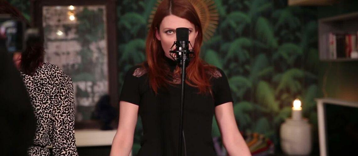 VIDEO GALA – Élodie Frégé et Nouvelle Vague reprennent «I wanna be sedated»