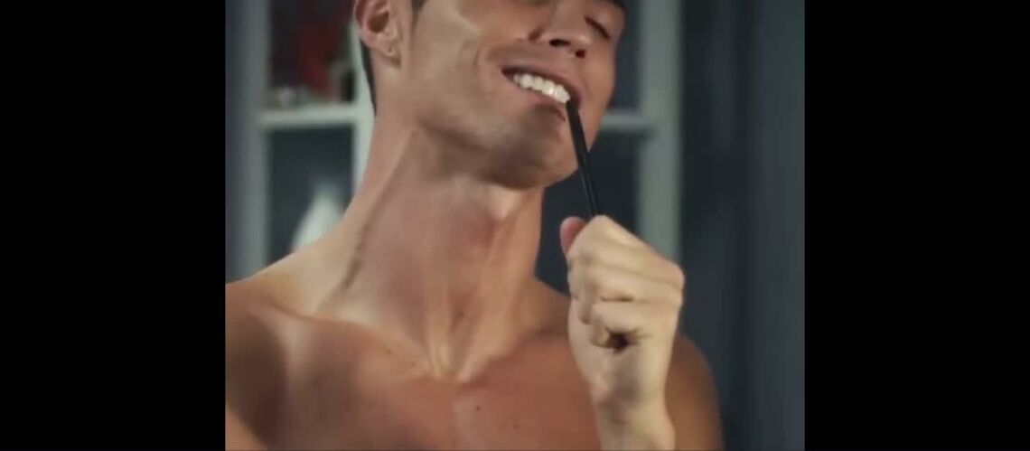 VIDEO – Cristiano Ronaldo est vraiment le plus grand exhibitionniste d'Instagram!