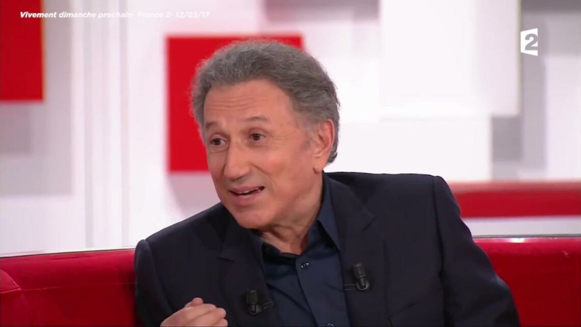 VIDEO – Michel Drucker: son anec­dote coquine de voyeur