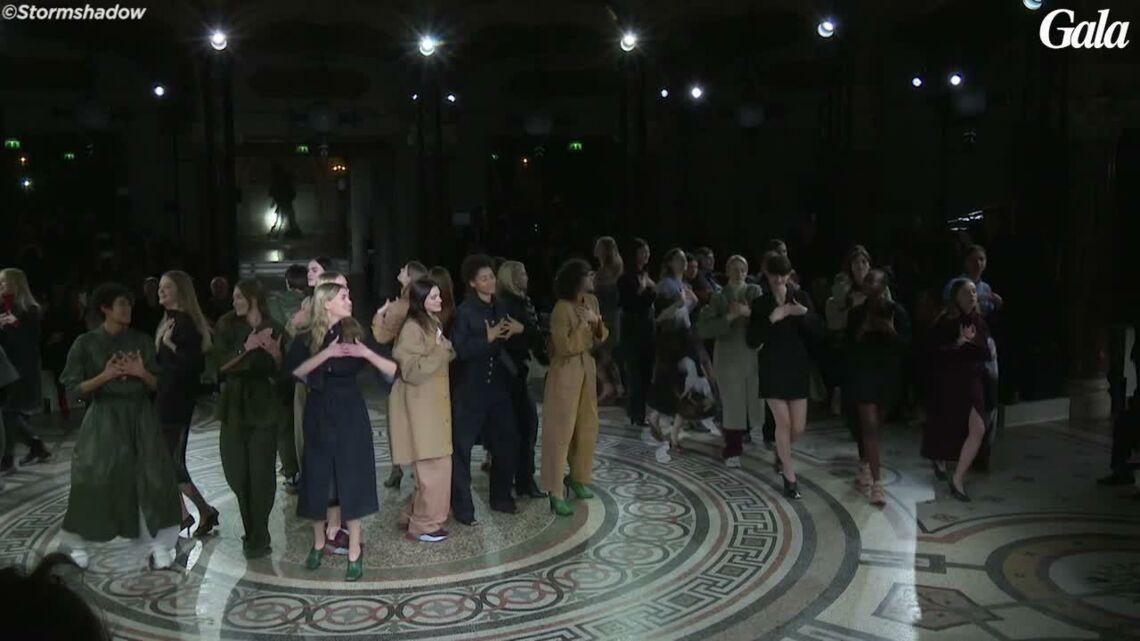 VIDEO – Lors de son défilé, Stella McCartney rend hommage à George Michael