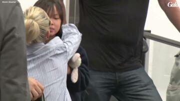 VIDEO- Laeticia Hallyday: ses adieux déchirants à Jade et Joy
