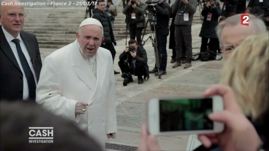 VIDEO- Élice Lucet interpelle le pape François sur la pédophilie dans l'Eglise
