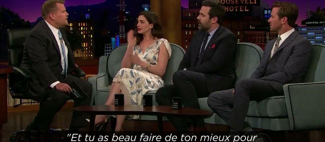 VIDEO – Découvrez le secret d'Anne Hathaway pour avoir l'air ivre sans consommer d'alcool