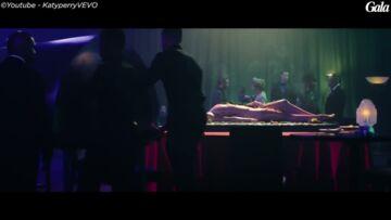VIDEO – Johnny Hallyday chante à tue-tête du Katy Perry dans sa voiture