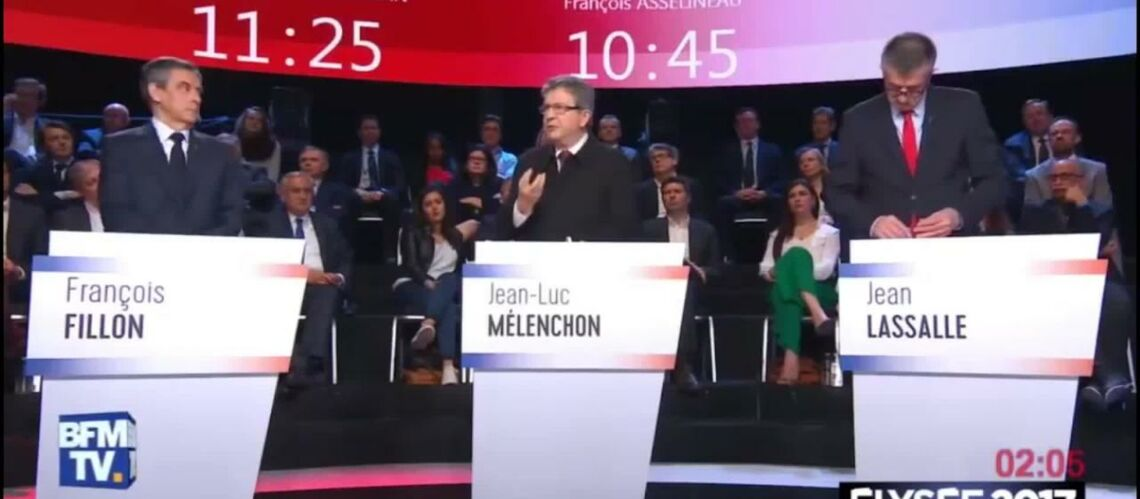 VIDEO – Emmanuel Macron et Marine Le Pen, ils sont en boucle!