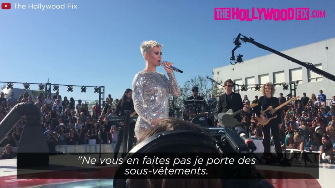 VIDEO – Katy Perry craque sa combi­nai­son en plein concert
