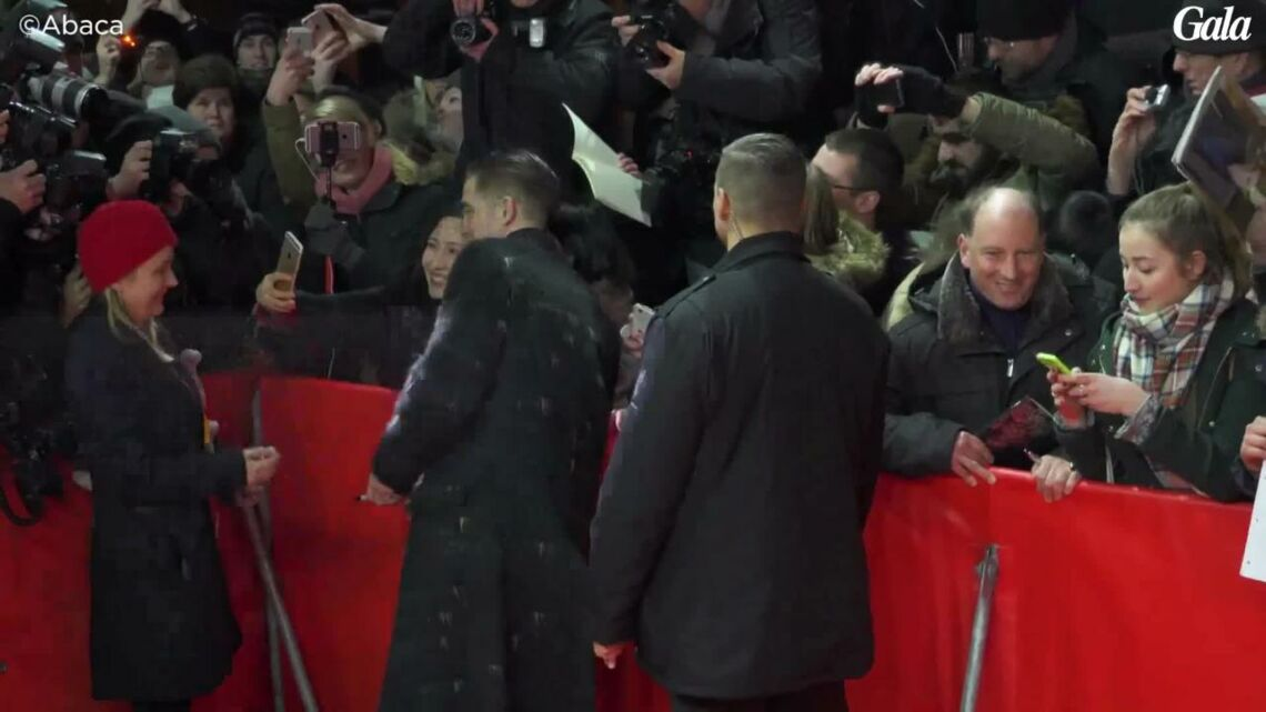 VIDEO – Robert Pattinson, renvoyé de son école quand il était plus jeune, découvrez pourquoi