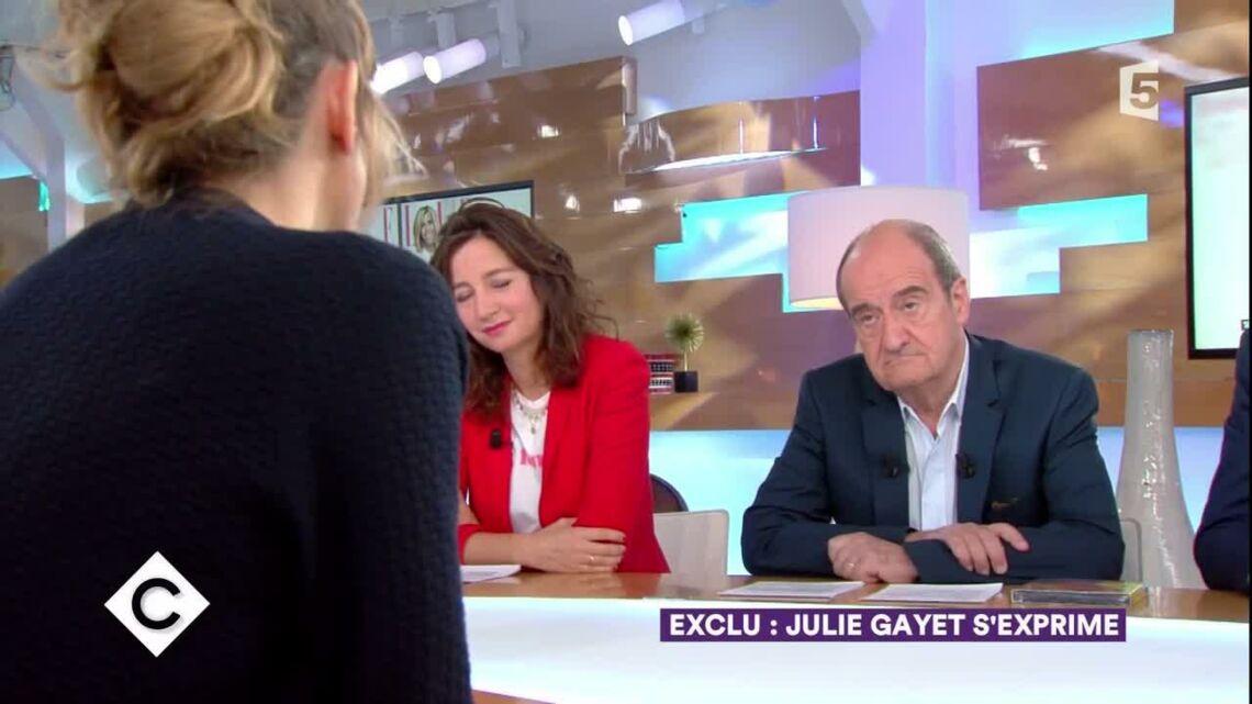 """VIDEO – Julie Gayet """"Deuxième Dame"""": la compagne de François Hollande évoque son rôle dans l'ombre"""