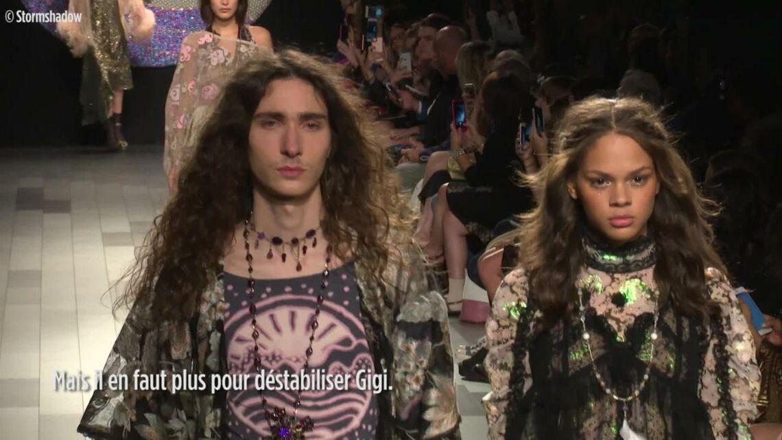 VIDEO – Gigi Hadid: elle perd une chaussure en plein défilé, sa sœur Bella à la rescousse