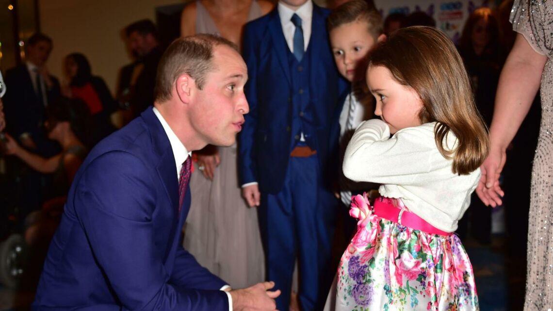 VIDÉO – Cette conversation entre le prince William et une petite fille de 5 ans devrait vous faire craquer