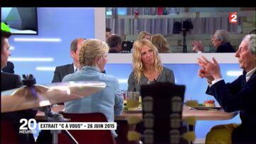 VIDÉO – Anne-Sophie Lapix, gênée de lancer une séquence hommage à Jean Rochefort