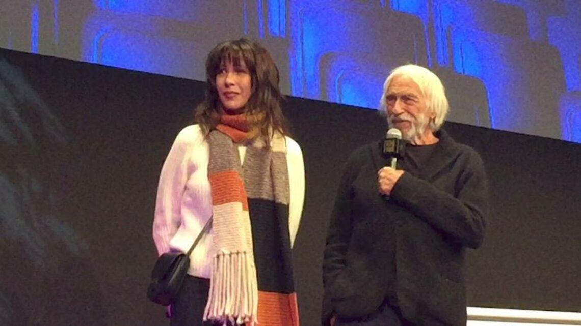 VIDEO – Sophie Marceau en larmes, fière de présenter son nouveau film
