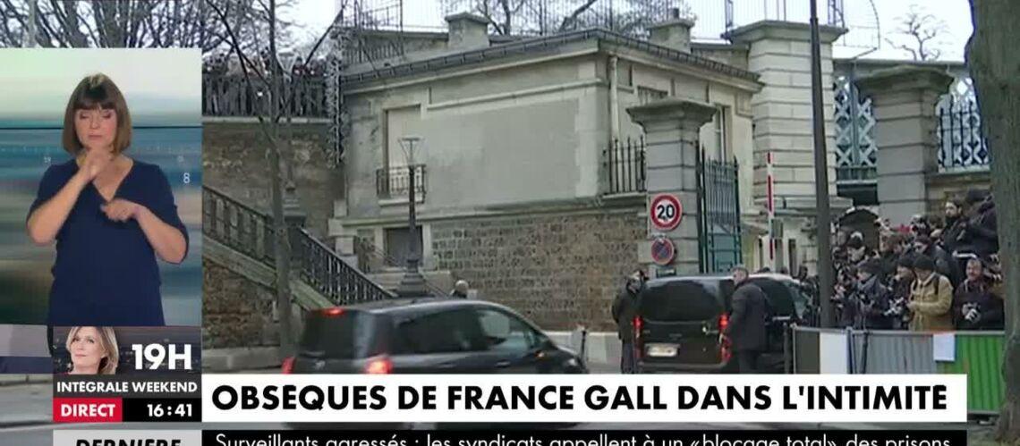 VIDEO – Obsèques de France Gall: 200 fans ont accompagné le cercueil de la chanteuse