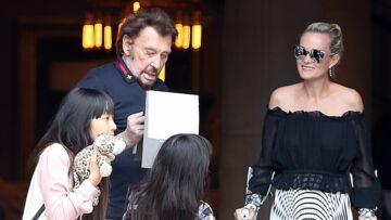 Johnny Hallyday, très affaibli par la maladie: il puise sa force auprès de ses filles Jade et Joy