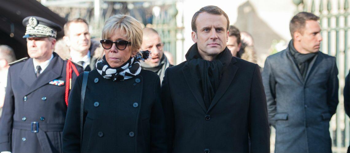 PHOTOS – Brigitte Macron rend hommage à Johnny Hallyday avec une tenue ultra sobre qui fait l'unanimité