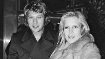 Sylvie Vartan éprouvée par la disparition de Johnny Hallyday, son amour de jeunesse: malgré leur rupture ils n'avaient jamais vraiment cessé de s'aimer