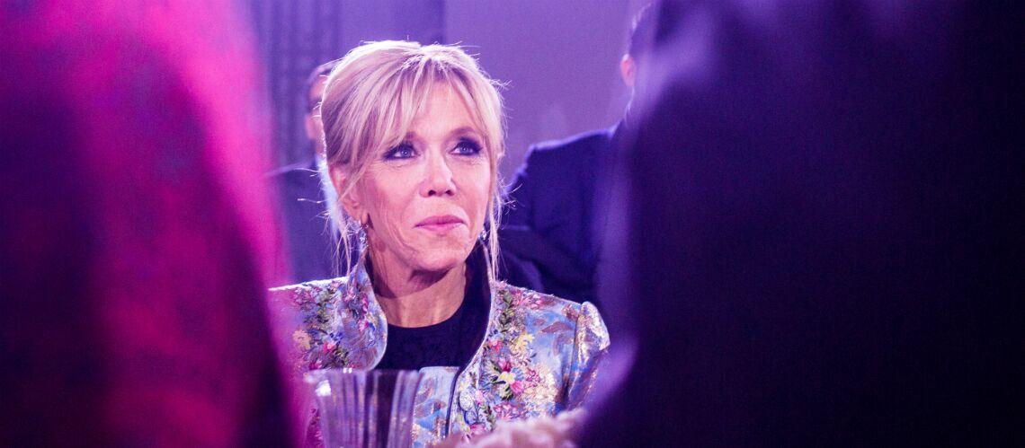 PHOTO – Brigitte Macron reçoit les Kids United, Mickey, Minnie et plein d'enfants pour le Noël de l'Elysée