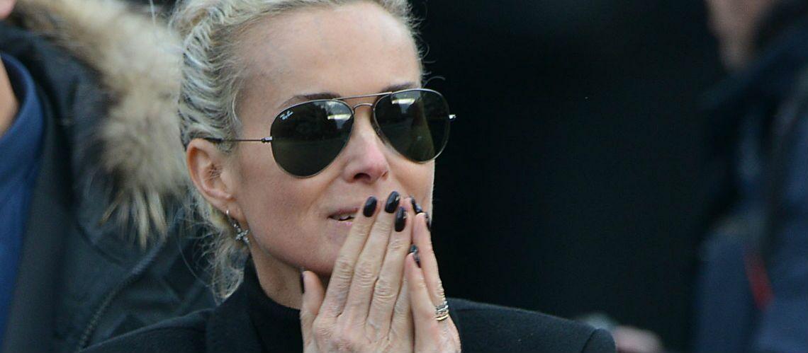 PHOTOS – Laeticia Hallyday éprouvée et amaigrie après la disparition de Johnny: la veuve du rockeur tient bon pour ses filles Jade et Joy
