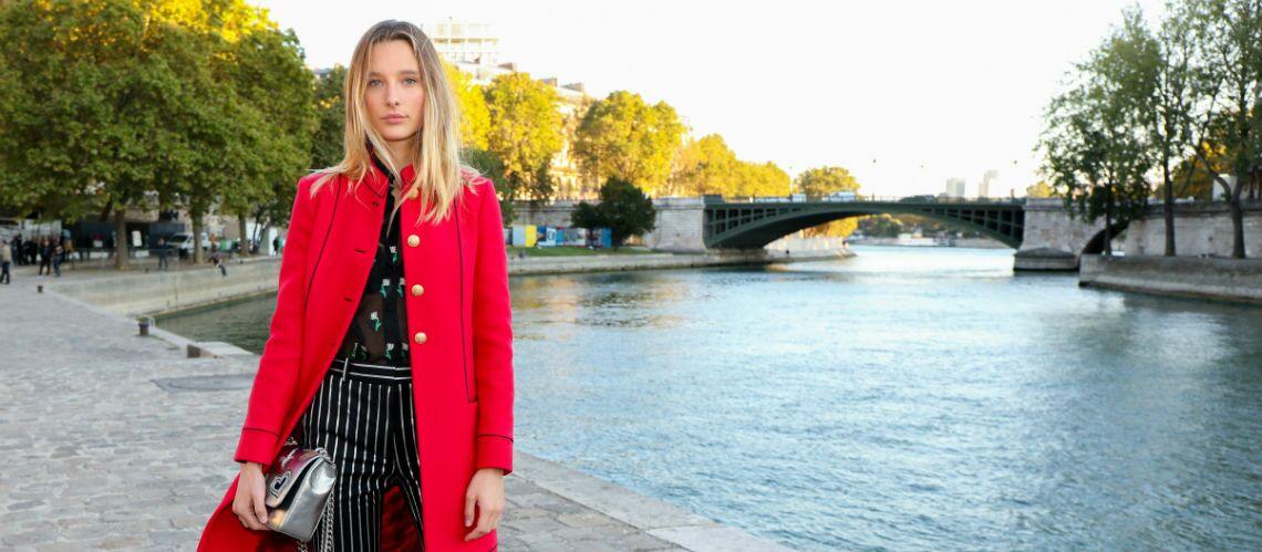 """PHOTO – Ilona Smet, la fille de David Hallyday et Estelle Lefébure, en """"pause parisienne"""" avant de retourner à Londres"""