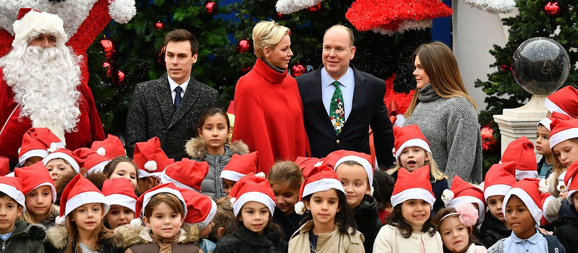 PHOTO – C'est déjà Noël pour Albert II et Charlène de Monaco