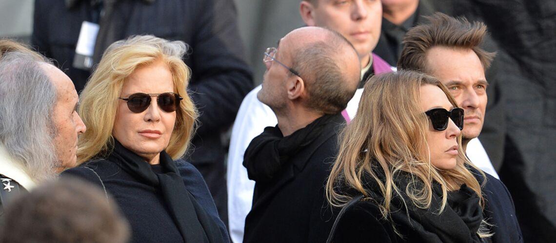 Sylvie Vartan persona non grata chez Johnny et Laeticia Hallyday: les relations distendues depuis longtemps?