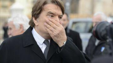 Bernard Tapie accusé «d'instrumentaliser sa maladie»