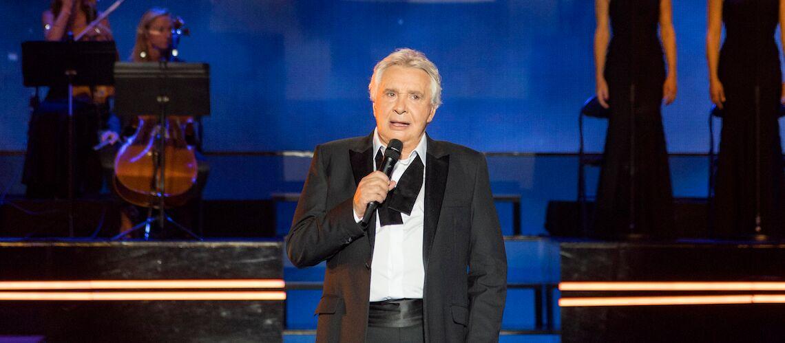 Quand Michel Sardou corrige le texte d'une de ses chansons, un hommage à Emmanuel Macron?