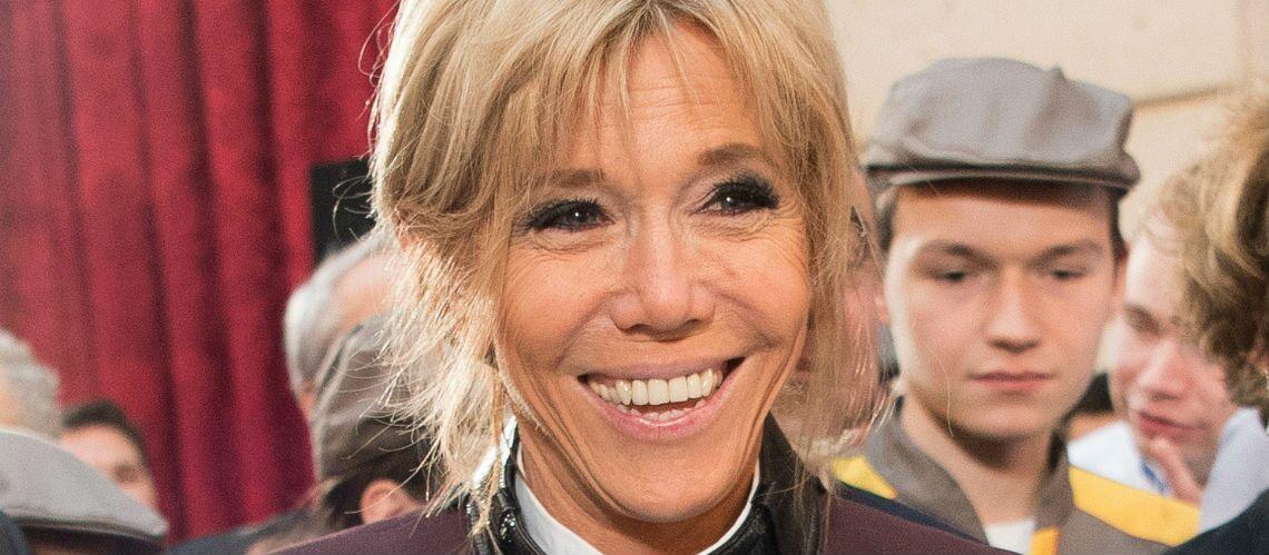 PHOTOS – Brigitte Macron, l'entorse à son mode de vie ultra-sain: à l'Élysée, elle a dégusté une galette des rois géante…
