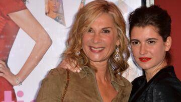 Oriane Deschamps: «A 15–16 ans, j'ai tout fait pour cacher que ma mère est Michèle Laroque »