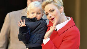 PHOTOS – Charlène de Monaco: son fils le prince Jacques s'amuse au volant d'une Bugatti