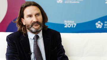 Frédéric Beigbeder suscite la polémique après une chronique sur Woody Allen sur France Inter