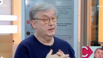 VIDEO– «Il était difficile pour Laura Smet de rencontrer son père Johnny Hallyday», son parrain Dominique Besnehard choqué