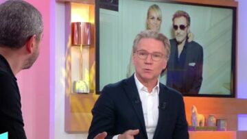 VIDEO – Quand Johnny Hally­day compa­rait David et Laura à Jade et Joy : « C'est à travers elles que je me projette dans l'avenir »