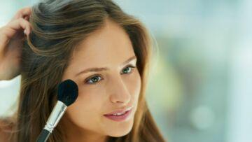 Maquillage: Comment bien choisir et appliquer son blush?
