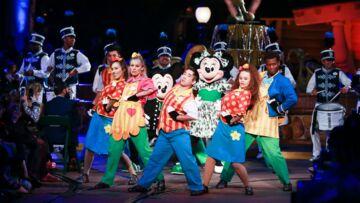 VIDÉO – Mickey et Minnie Mouse s'invitent à la fashion week