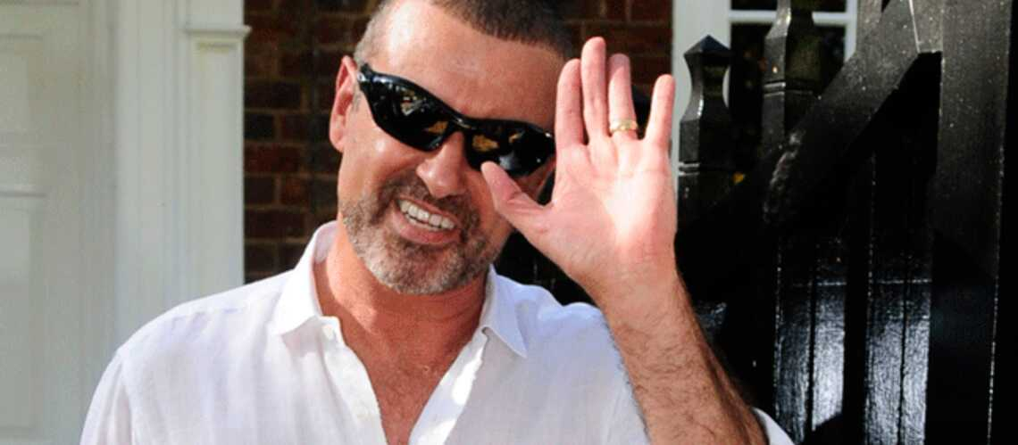 George Michael : son enter­re­ment encore repoussé d'un mois