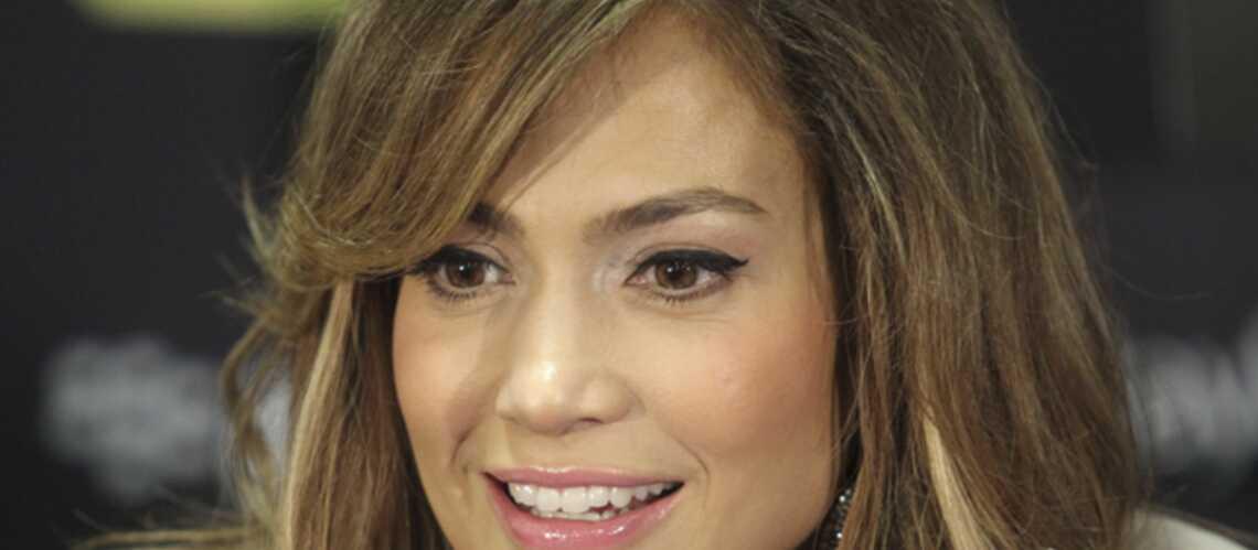 Jennifer Lopez diablement sexy pour son nouvel album