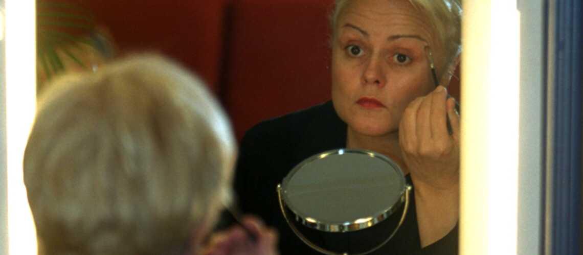 Muriel Robin: «J'ai connu l'ivresse du champagne qui m'a aidée à tenir le coup»