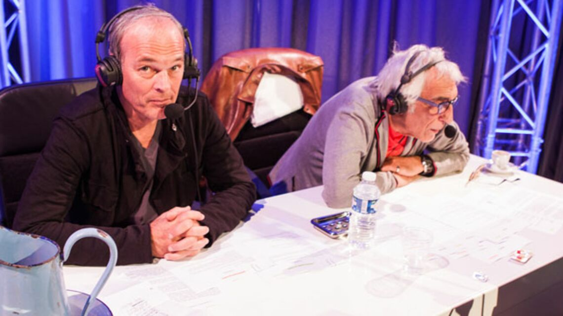 Gala By Night: Gerard Darmon et Laurent Baffie jouent les journalistes sportifs