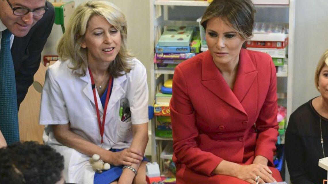 VIDEO – Quand Melania Trump essaie de parler français avec des enfants à l'hôpital