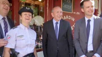 VIDEO – Le gros malaise… Quand Gérard Collomb interpelle deux jeunes touristes pour faire un selfie