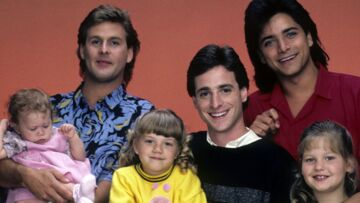 VIDEO – Mary-Kate et Ashley Olsen, John Stamos: que sont devenus les héros de «La fête à la maison»?