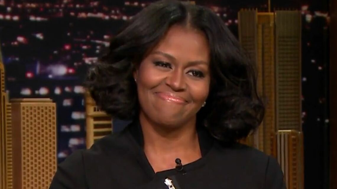 VIDEO – Michelle Obama fait pleu­rer ses fans sur le plateau de Jimmy Fallon