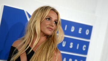 VIDEO – Quelle silhouette! Britney Spears pose en bikini au côté de sa maman