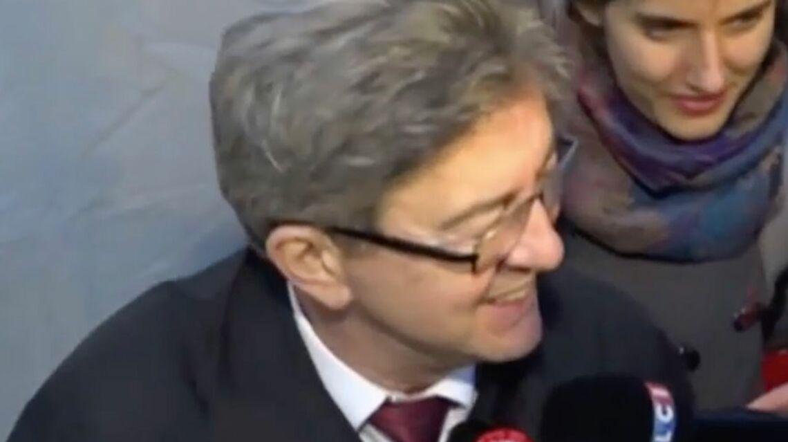 VIDEO – Un journaliste de C à vous jeté du meeting de Jean-Luc Mélenchon
