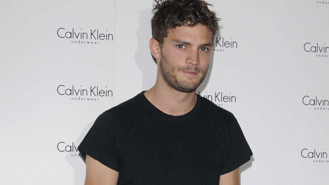 VIDEO – Jamie Dornan : le futur héros de Fifty Shades devient égérie Hogan