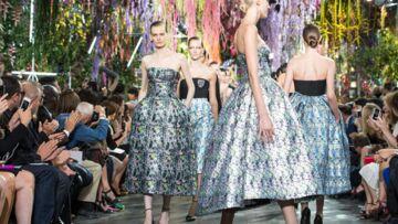 Vidéo Fashion Week – les femmes fleurs de Dior